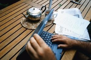 laptop_cafe_420-420x0