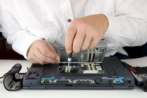 reparatii_laptop-cluj